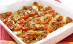 Картофель с вялеными помидорками