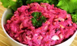 Салат из свеклы, плавленного сыра и чеснока