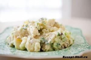Картофельный салат под татарским соусом