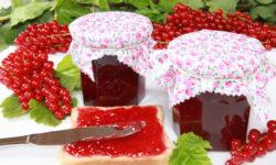 Варенье из арбузной мякоти и красной смородины