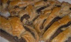 Подковы с маковой и ореховой начинкой