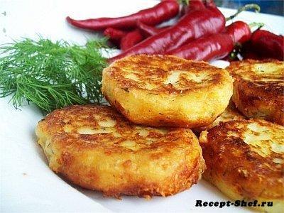 Котлеты из картофеля с овощами и рисом