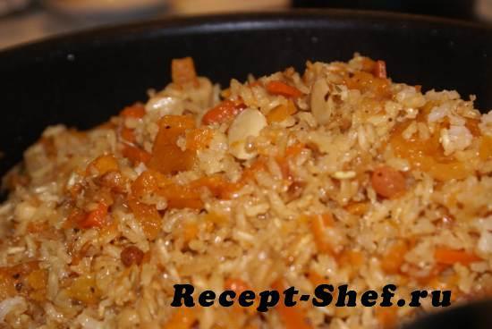 Салат из риса с курагой