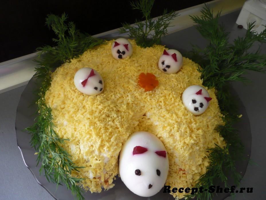 """Салат с курицей и грибами """"Веселая полянка"""""""