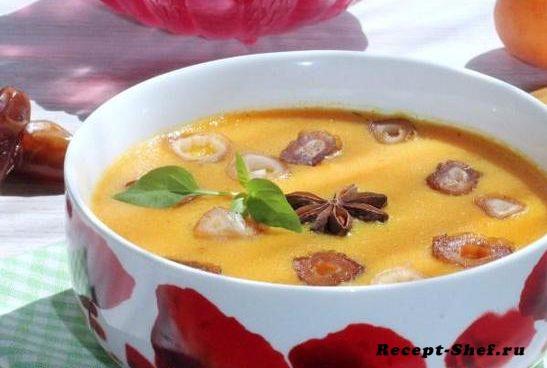 Манный суп с финиками