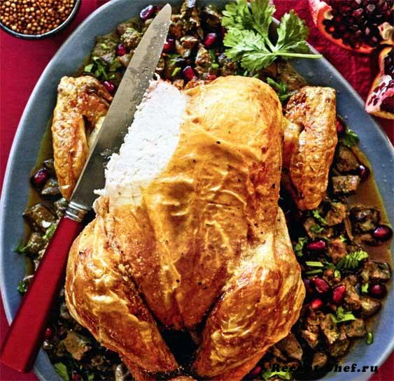Курица с приправой из потрошков