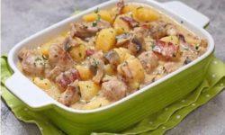 Картофель с мясом в сливочном соусе