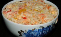 Салат из капусты и перца «Жемайтский»