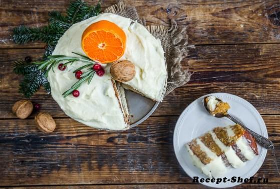 Морковный торт со специями и кремом из сливочного сыра