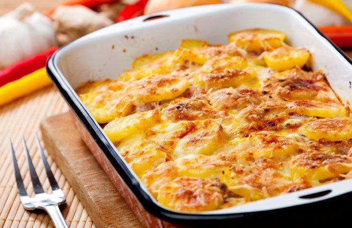 Картошка, запеченная в сливочном соусе