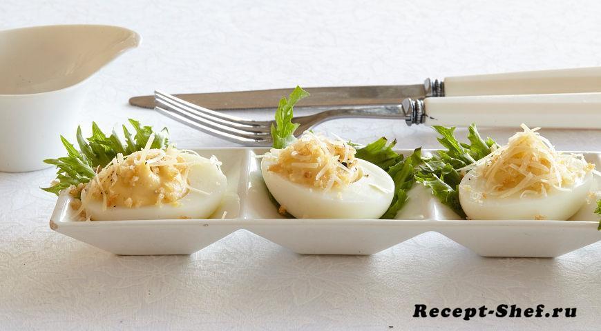 Фаршированные яйца Цезарь