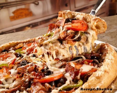 Пицца «Mushroom» с сыром, салями и сушеными грибами — подробный рецепт