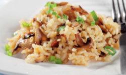 Рис с жареными шампиньонами