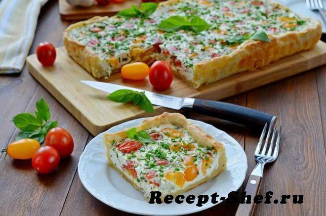 Сметанный пирог с помидорками черри